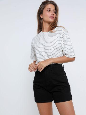ג'ינס קצר עם כיסים של YANGA
