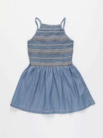 שמלה דמוי ג'ינס עם כיווצים ורקמה / בנות של AMERICAN EAGLE