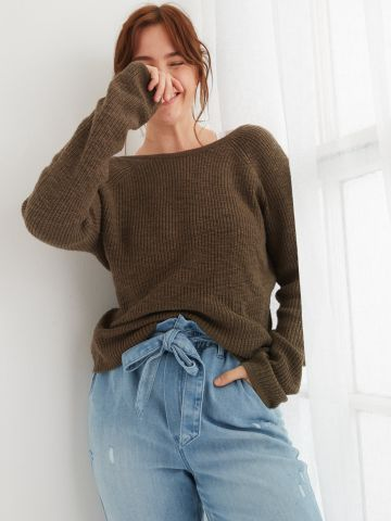 סוודר עם גב מעטפת של AERIE