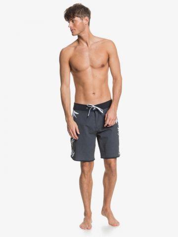 מכנסי בגד ים עם הדפס עלים של QUIKSILVER