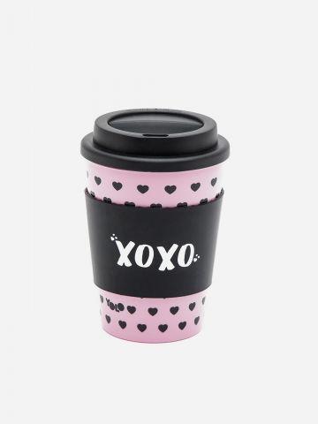 כוס שתייה חמה XOXO של YOLO