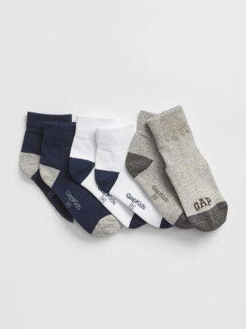 מארז 3 גרביים עם לוגו / בנים של GAP