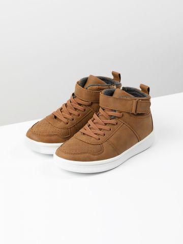 נעליים גבוהות דמוי עור / בנים של FOX