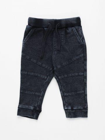 מכנסי טרנינג עם תיפורים / 3M-4Y של THE CHILDREN'S PLACE