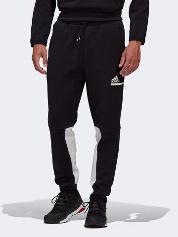 מכנסי טרנינג עם לוגו של ADIDAS Performance