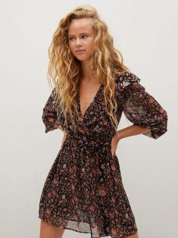 שמלת מיני בהדפס פרחים עם חגורה של MANGO