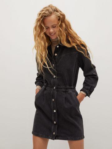 שמלת ג'ינס מיני עם כפתורים ושרוולים ארוכים של MANGO
