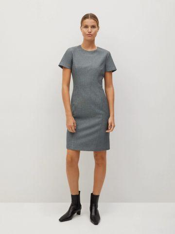שמלה צמודה עם תיפורים בחזית של MANGO