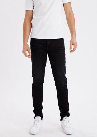 ג'ינס ארוך בגזרת סקיני של AMERICAN EAGLE