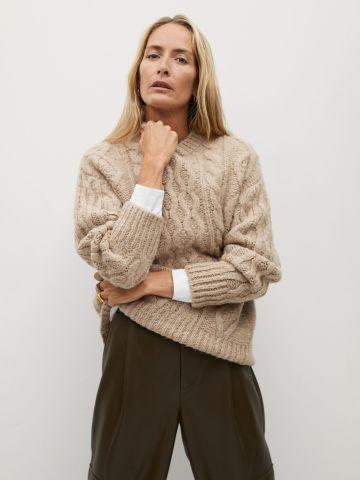 סוודר בטקסטורת צמות של MANGO