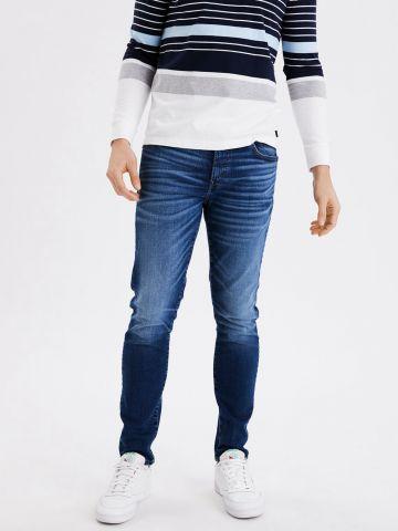 ג'ינס ארוך בשטיפה כהה Slim Fit / גברים של AMERICAN EAGLE