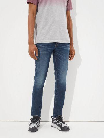 ג'ינס ארוך בשטיפה כהה Slim של AMERICAN EAGLE