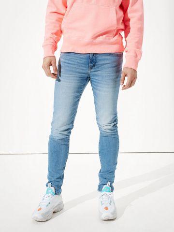 ג'ינס סקיני ארוך בשטיפה בהירה של AMERICAN EAGLE