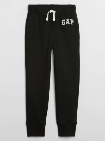 מכנסי טרנינג עם לוגו / בנים של GAP