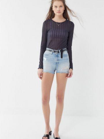 ג'ינס קצר בגזרה גבוהה עם קרעים BDG של URBAN OUTFITTERS