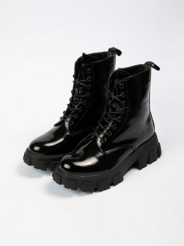 מגפיים דמוי עור עם סוליית טרקטור של NOA KIREL X TERMINAL X