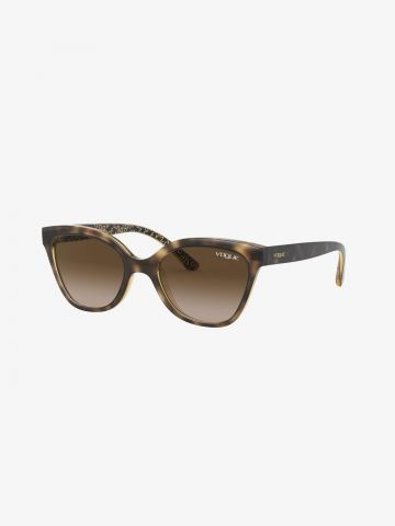 משקפי שמש עם מסגרת בדוגמת אותיות / בנות של vogue eyewear