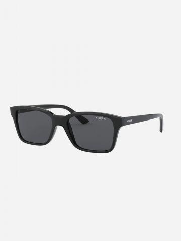 משקפי שמש מרובעים / בנים של vogue eyewear