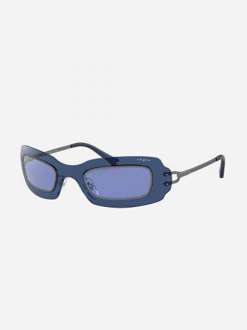 משקפי שמש מלבניים עם מסגרת עבה של vogue eyewear