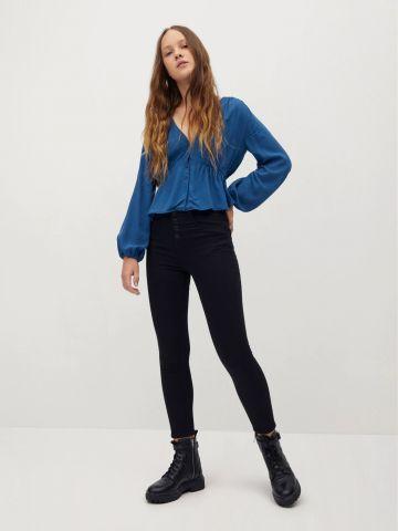 ג'ינס בגזרה גבוהה עם כפתורים של MANGO