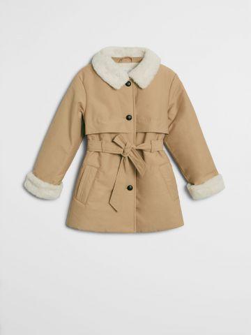 מעיל עם בטנה דמוי פרווה / בנות של MANGO