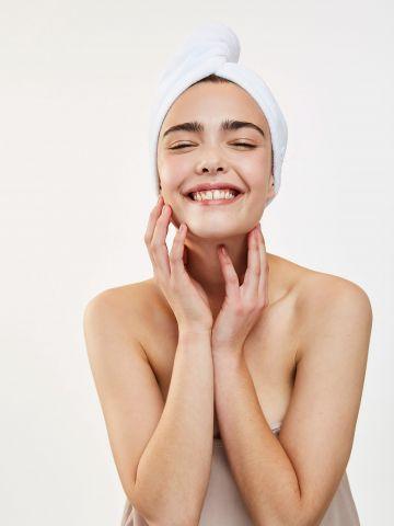 מגבת שיער מייקרופייבר Super absorbing micro-fiber head towel של DAFNI