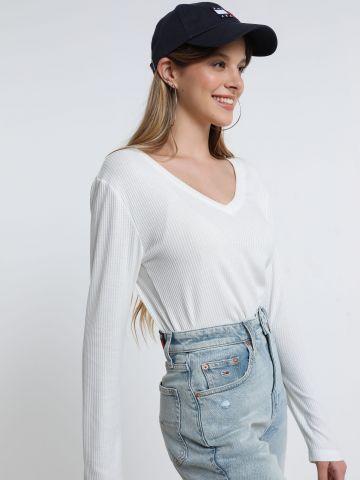 חולצת ריב עם מפתח וי של TERMINAL X