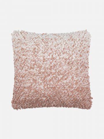 כרית נוי בטקסטורת שערות Blush של FOX HOME