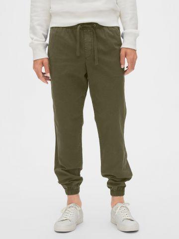 מכנסיים בסיומת גומי של GAP