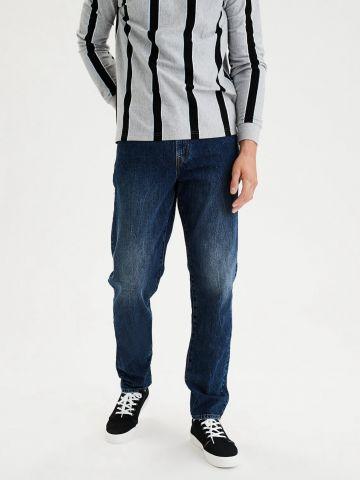 ג'ינס ארוך בגזרה משוחררת של AMERICAN EAGLE