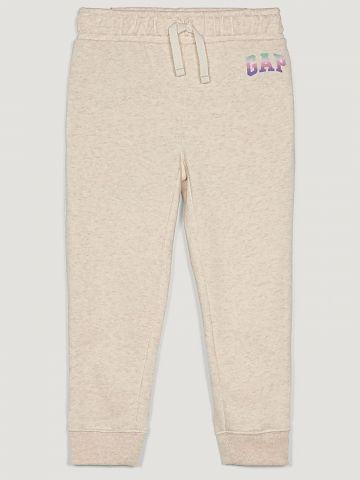 מכנסי טרנינג עם הדפס לוגו / 12M-5Y של GAP