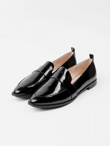 נעלי מוקסין בגימור מבריק של RAID