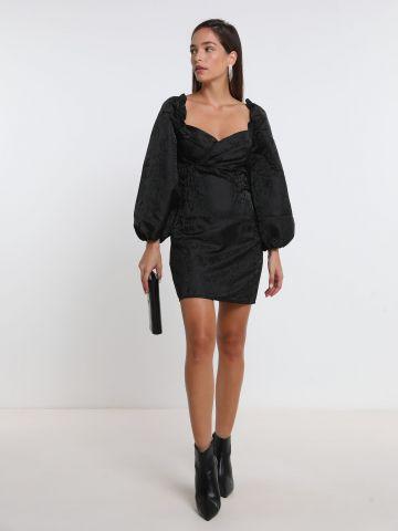 שמלת מיני סאטן עם שרוולים נפוחים של GLAMOROUS
