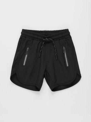 מכנסיים קצרים עם כיסים מודגשים / בנים של FOX