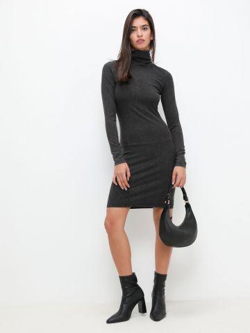 שמלת מיני ווש עם צווארון גולף של TERMINAL X