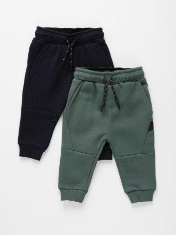 מארז 2 מכנסי טרנינג עם תיפורים / 6M-3Y של FOX