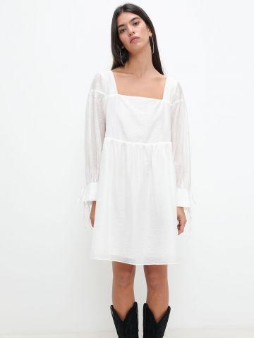 שמלת מיני עם עיטורי קשירה של GLAMOROUS