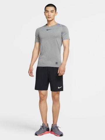 מכנסי אימון קצרים עם לוגו Flex של NIKE