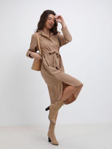 שמלת מידי מחויטת עם קשירה של YANGA