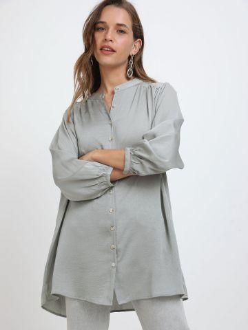 חולצה מכופתרת דמוי משי של YANGA