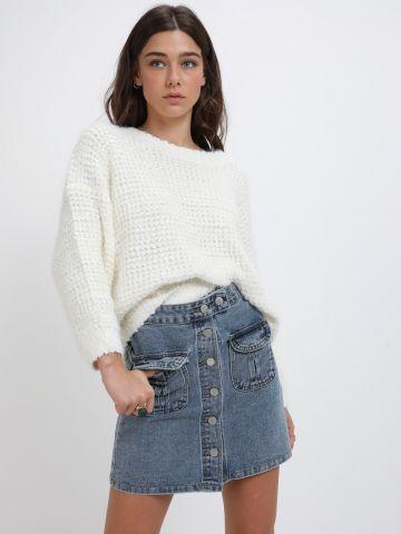 חצאית ג'ינס מיני עם כפתורים של YANGA