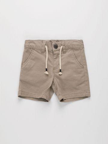 מכנסי ברמודה קצרים עם כיסים / בנים של FOX