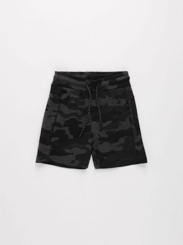 מכנסי ברמודה בהדפס קמופלאז' /בנים של FOX