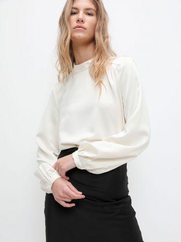 חולצת סאטן עם שרוולי פפלום של VERO MODA