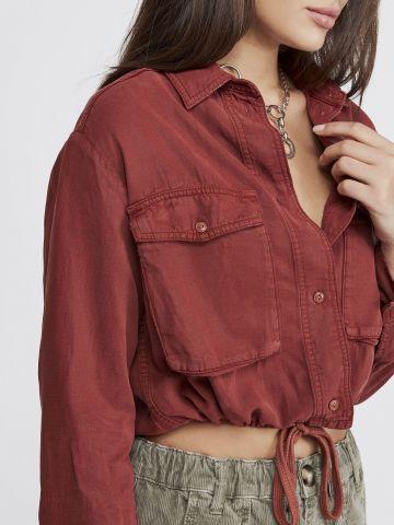 חולצת קרופ מכופתרת UO של URBAN OUTFITTERS