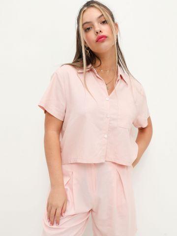 חולצת פשתן מכופתרת בגזרת קרופ של NOA KIREL X TERMINAL X