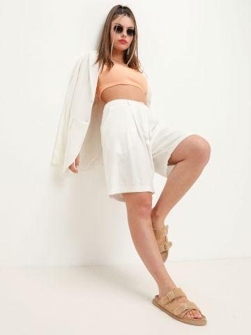 מכנסי פשתן קצרים מחויטים של NOA KIREL X TERMINAL X