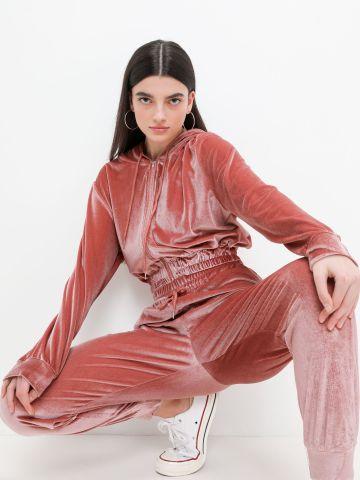מכנסי טרנינג קטיפה של YANGA