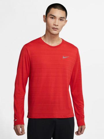 חולצת ריצה Dri-Fit עם לוגו מחזיר אור של NIKE