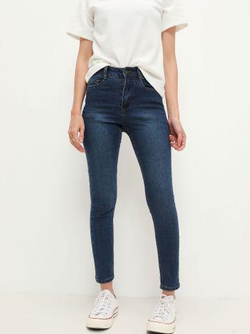 ג'ינס בגזרה גבוהה של FOX